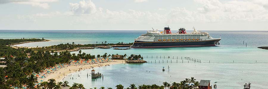 The 15 Best Items to Put on Your Disney Cruise Packing List Featured Image